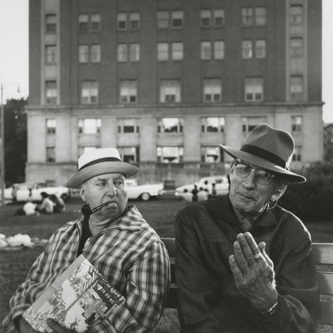 OLD MEN ON BENCH, 12 X 12 IN (IMAGE), 20 X 16 IN (PAPER) MODERN GELATIN SILVER PRINT, LTD. ED. OF 15 0119363